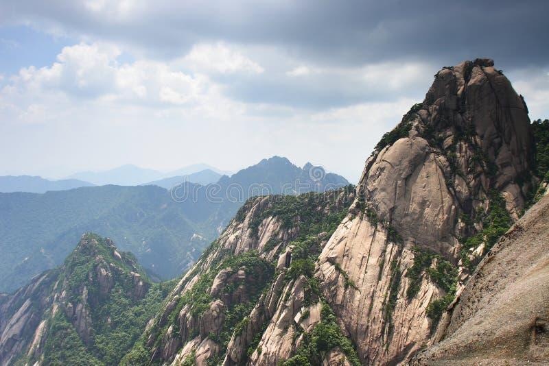 Pico de huangshan da montanha fotografia de stock