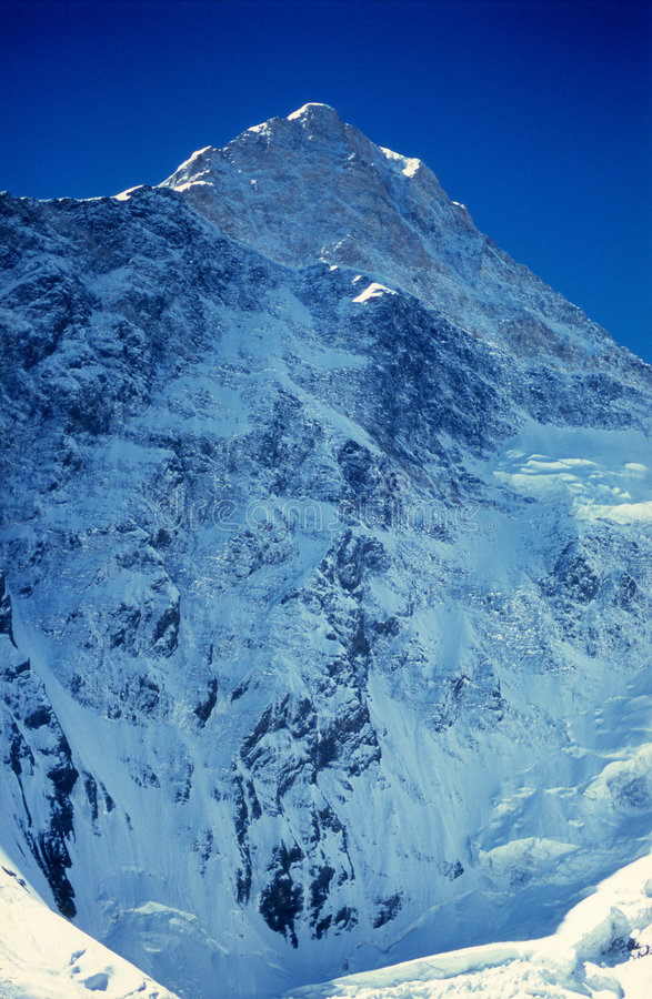 Pico de Khan Tengri (7010m) fotos de stock royalty free
