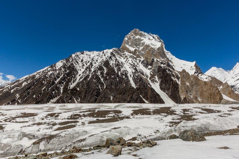 Pico de montaña K2, K2 senderismo, Paquistán, Asia imagenes de archivo