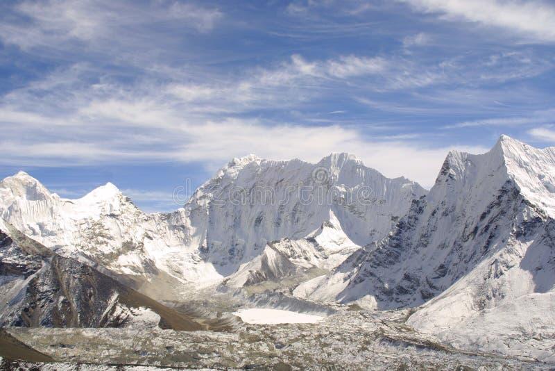 Pico de montanha de Himalaya fotografia de stock