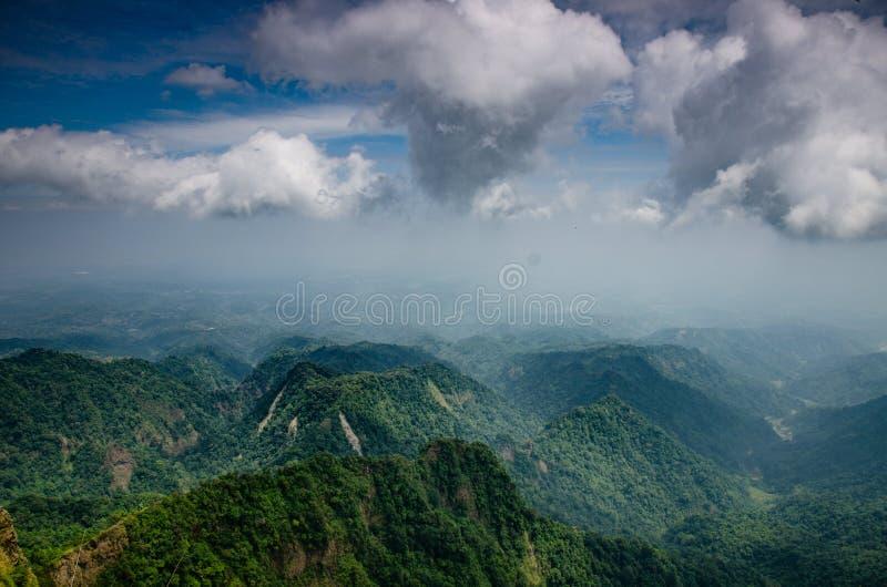 Pico de montanha Indonésia de Muria fotografia de stock royalty free
