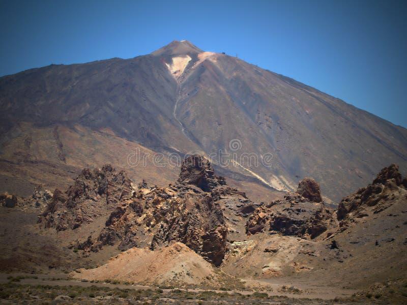 Pico de Teide è attualmente uno stratovolcano inattivo, situato su Tenerife, una delle isole Canarie fotografie stock