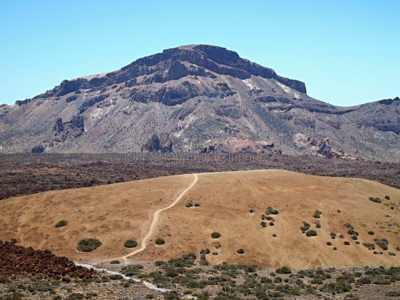 Pico de Teide è attualmente uno stratovolcano inattivo, situato su Tenerife immagini stock libere da diritti