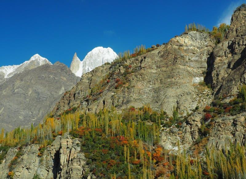 Pico del melindre en el valle de Hunza, gama de Karakoram, Paquistán fotos de archivo libres de regalías