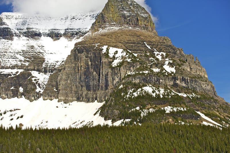 Pico nevado foto de stock