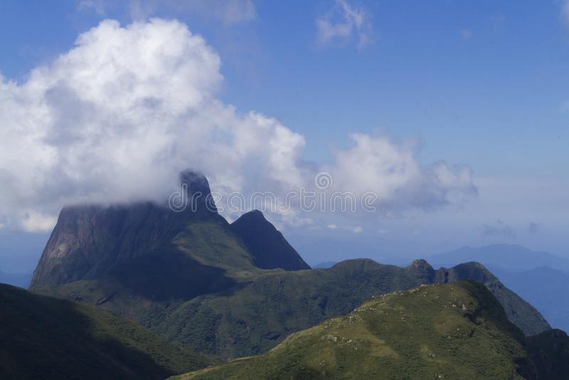 Pico Parana-berg dichtbij Curitiba - Serra do Ibitiraquire stock foto