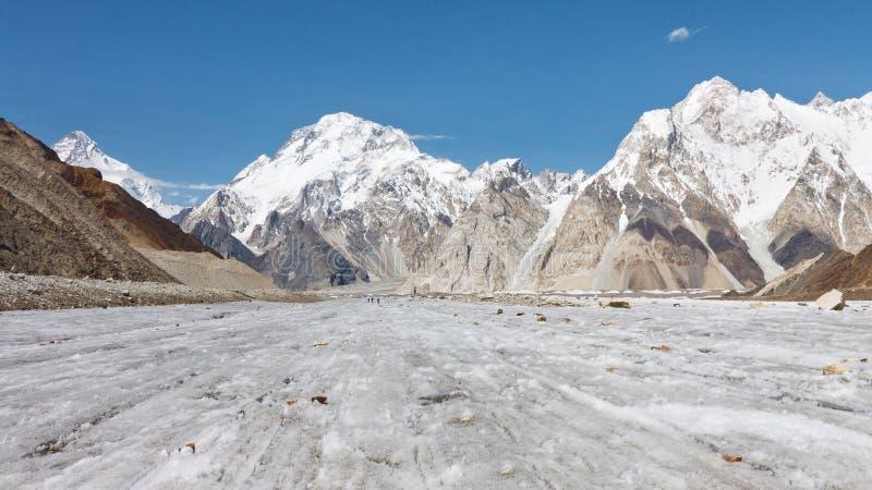 Pico y glaciar amplios de Vigne, Karakorum, Paquistán fotos de archivo