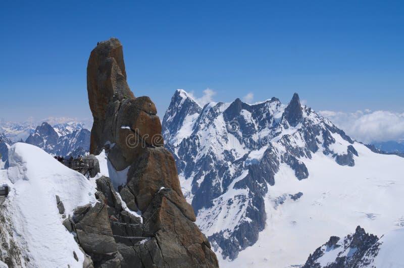 Picos de Mont Blanc masivos fotos de archivo