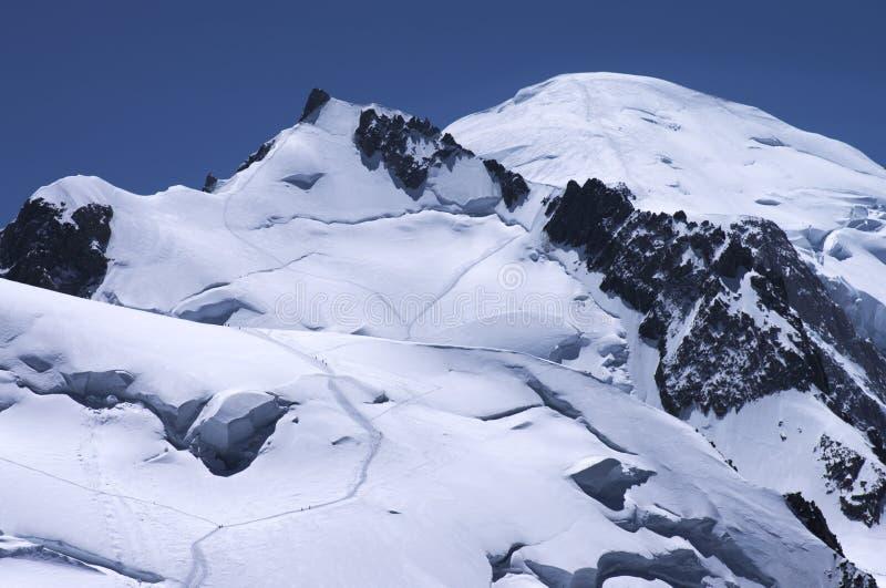 Picos de Mont Blanc masivos fotografía de archivo