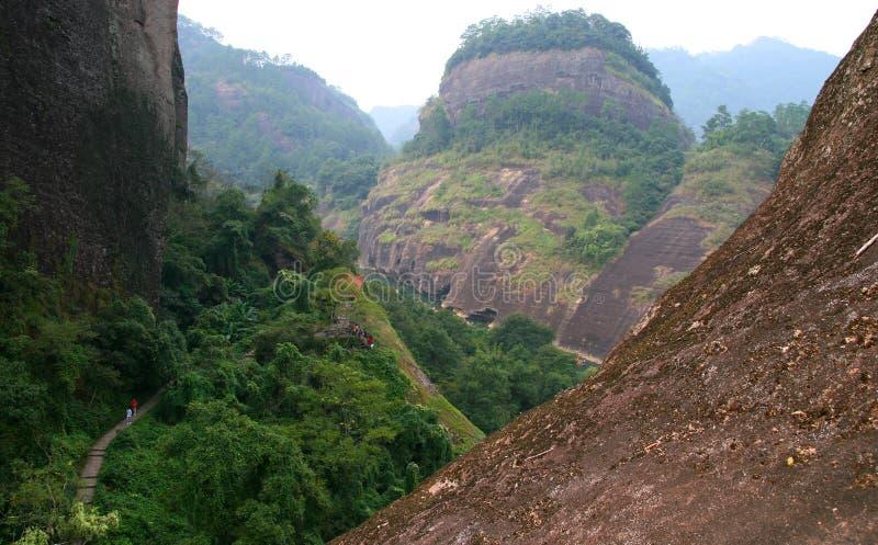 Picos de montañas de Wuyi, provincia de Fujian, China fotografía de archivo