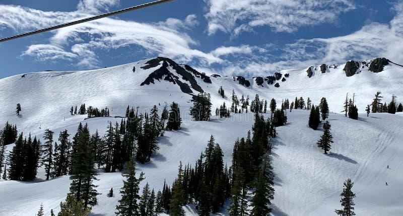 Picos de Squaw Valley fotos de archivo