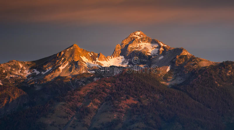 Picos de Teton en el amanecer imagen de archivo