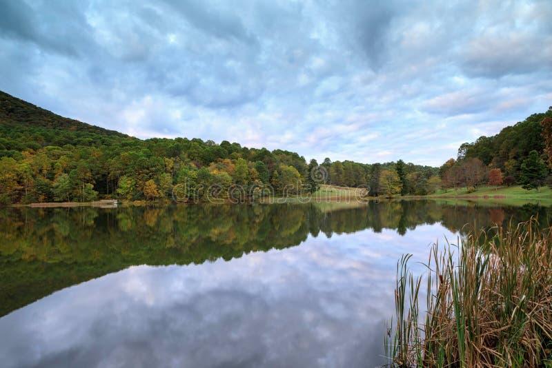 Picos del lago Abbott de la nutria Virginia foto de archivo libre de regalías