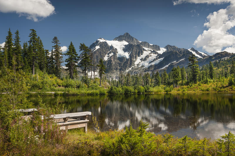 Picture Lake, Mt. Baker-Snoqualmie National Forest. stock photography