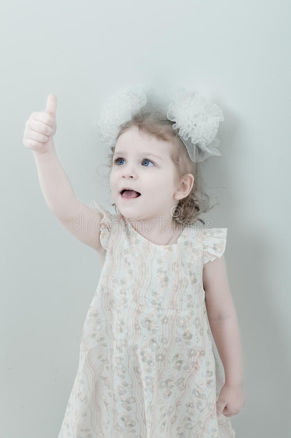 Download Picture Of Young Smiling Little Girl Royalty Free Stock Photos - Image: 12199538