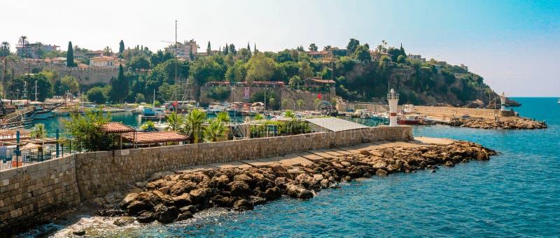 Picutre do porto de Antalya Tiro em julho de 2018 imagens de stock royalty free