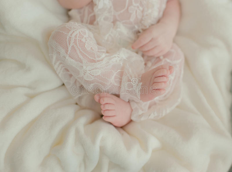 Pie desnudo de un bebé fotos de archivo libres de regalías