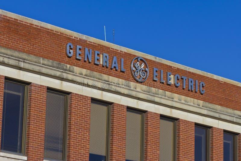 Pie Wayne, ADENTRO - circa diciembre de 2015: Fábrica de General Electric fotos de archivo