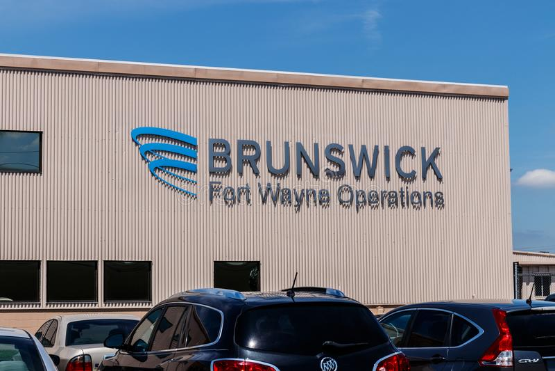 Pie Wayne - circa junio de 2018: Operaciones de Brunswick Brunswick es líder en las industrias del infante de marina, de la aptit fotos de archivo