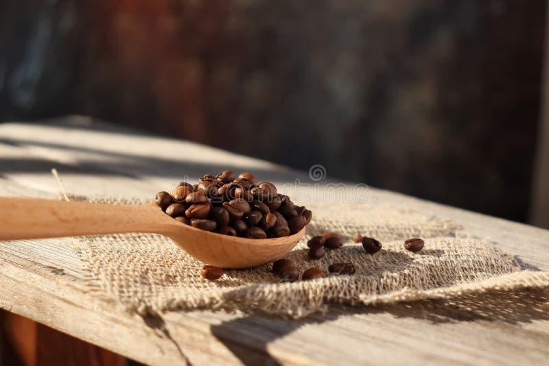 Piec adra naturalna fragrant kawa obrazy stock