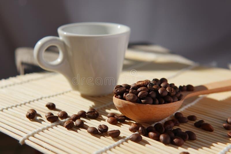 Piec adra naturalna fragrant kawa zdjęcia stock