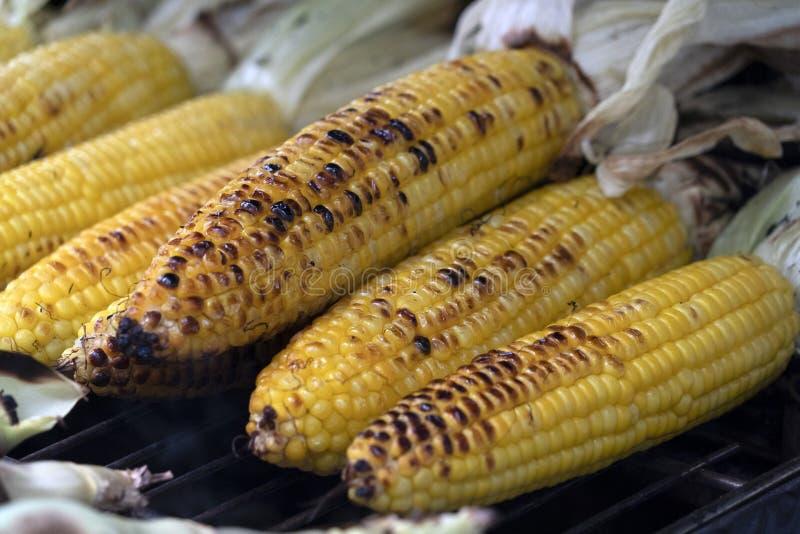 Piec kukurydzanego cob grill zdjęcia stock