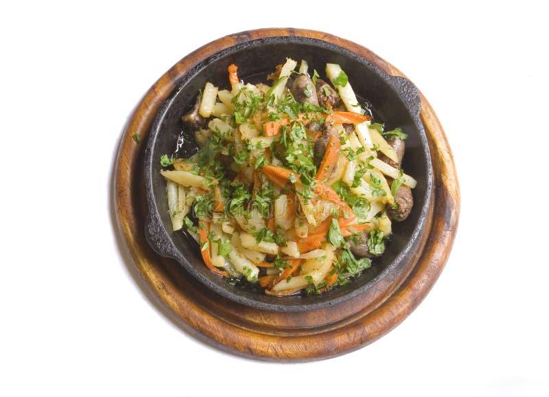 piec kurczaka marchwiane ziemniaki zdjęcie stock