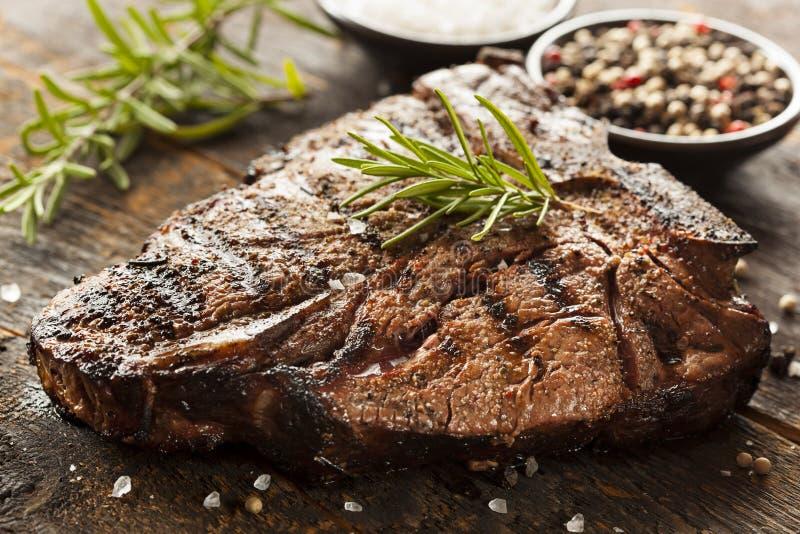 Piec na grillu BBQ kości stek zdjęcie stock