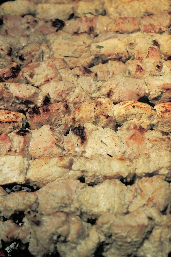 Piec na grillu marynował grilla szaszłyka wieprzowiny mięsnego mięso (shish kebab) obraz stock