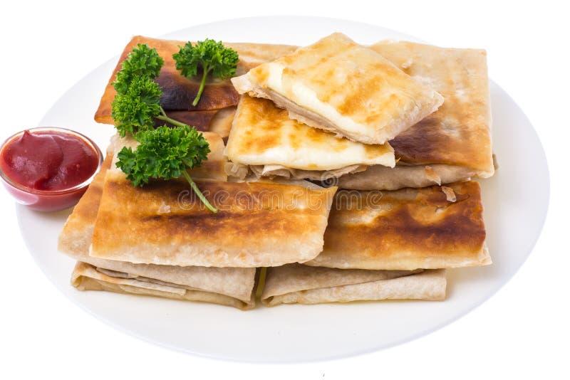 Piec na grillu pita chleb z serowym plombowaniem, zamyka up, wyśmienicie i serdecznie, śniadanie zdjęcia royalty free