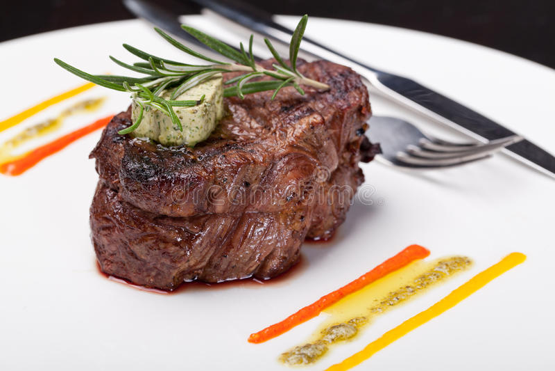 Piec na grillu stek fotografia royalty free