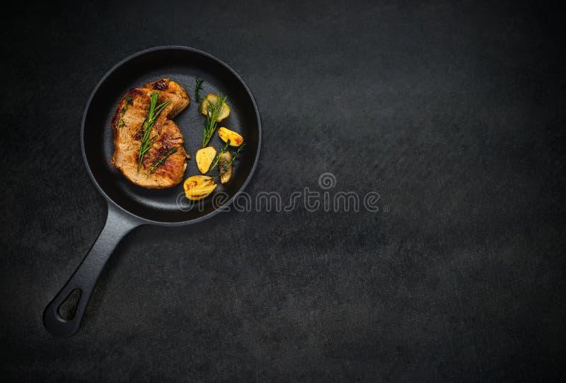 Piec na grillu stek z kopii przestrzenią fotografia stock