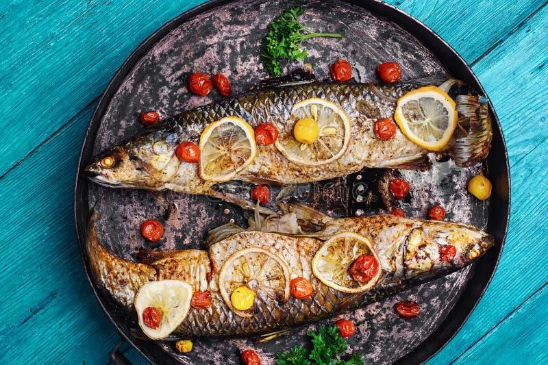 piec na grillu wyśmienicie ryba obrazy stock
