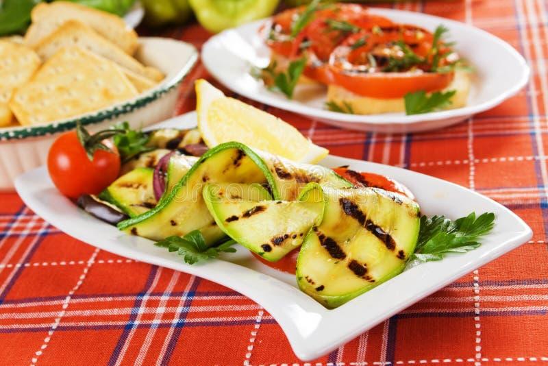 piec na grillu zucchini obraz stock