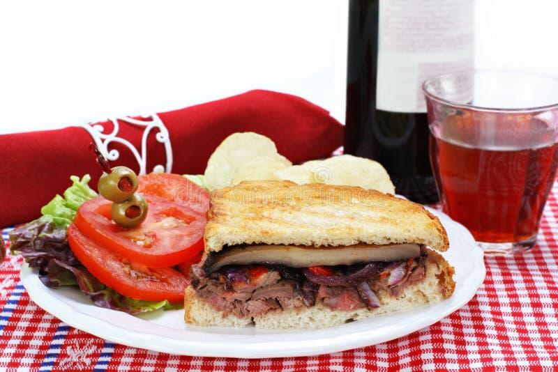 pieczarkowy panini portabella kanapki stek zdjęcie stock