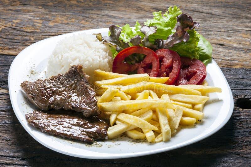 Pieczona wołowina z warzywami ryżowymi obrazy stock