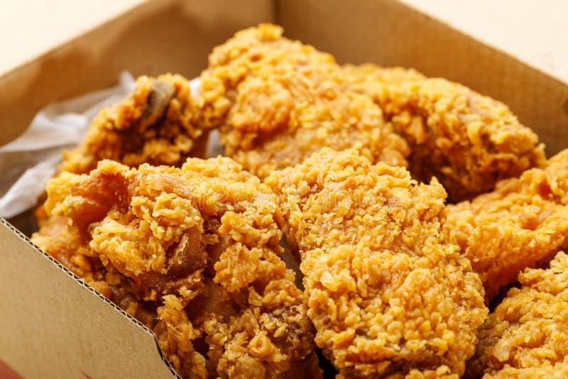 Pieczony kurczak bierze daleko od obraz royalty free