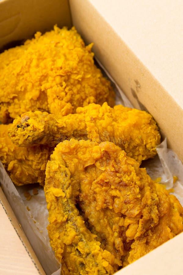 Pieczony kurczak w pudełku zdjęcia royalty free