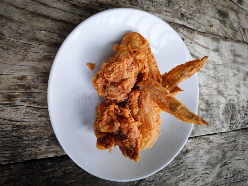 Pieczonych Kurczaków skrzydła Ogólny lunch i śniadanie zdjęcia royalty free