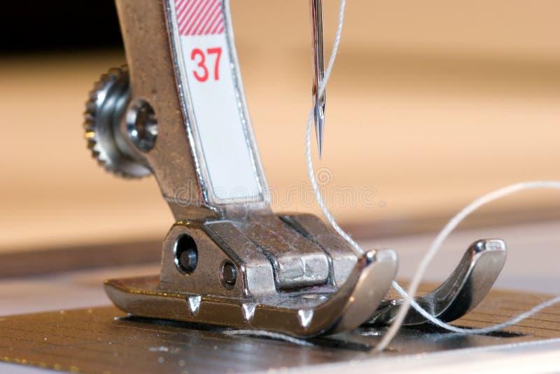 Piede della macchina per cucire fotografia stock