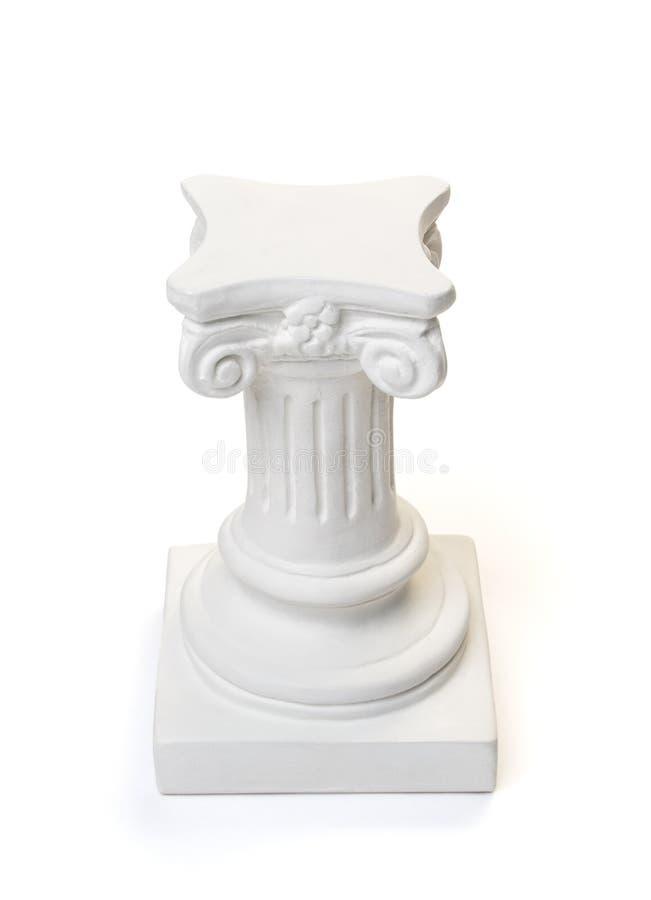 Piedistallo bianco della colonna osservato da sopra fotografia stock libera da diritti