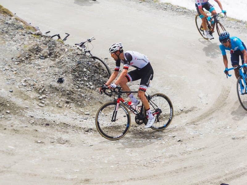 "Piedmont, Ιταλία 28 Μαΐου 2018 Οι ποδηλάτες οδηγούν τον ανήφορο κατά τη διάρκεια διεθνές Giro Δ ""Ιταλία φυλών ανακύκλωσης στοκ φωτογραφίες"