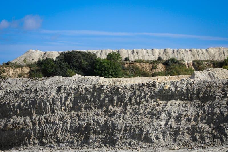 Piedra caliza quarry fotos de archivo