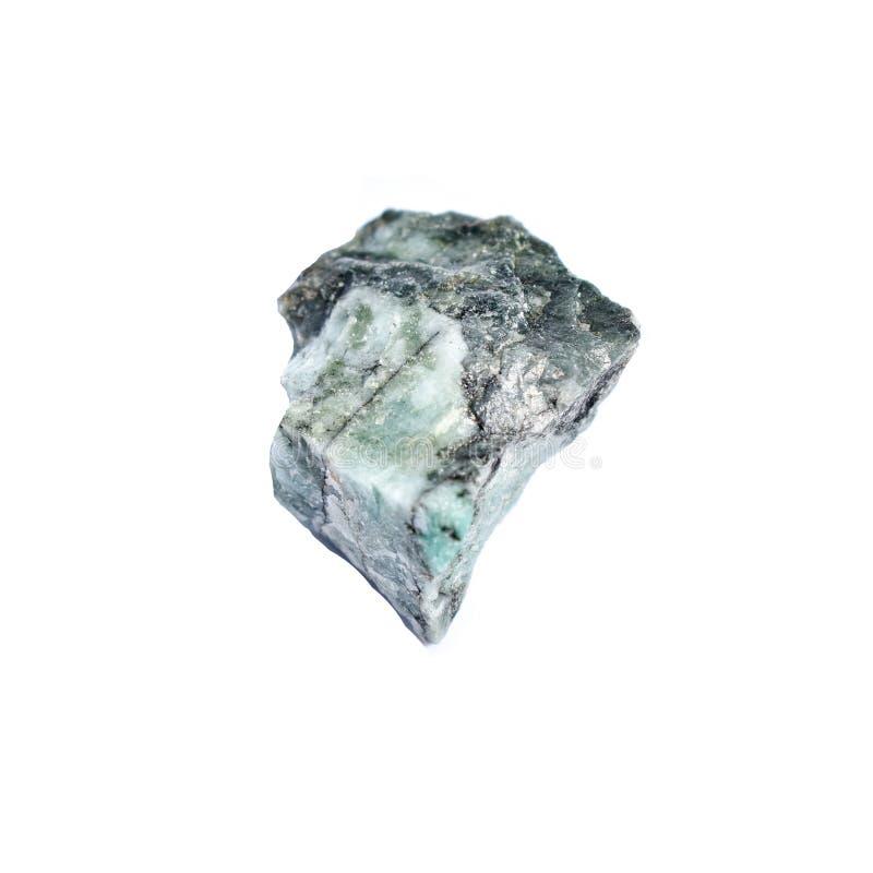 Piedra de curación de cristal de esmeralda cruda imagen de archivo