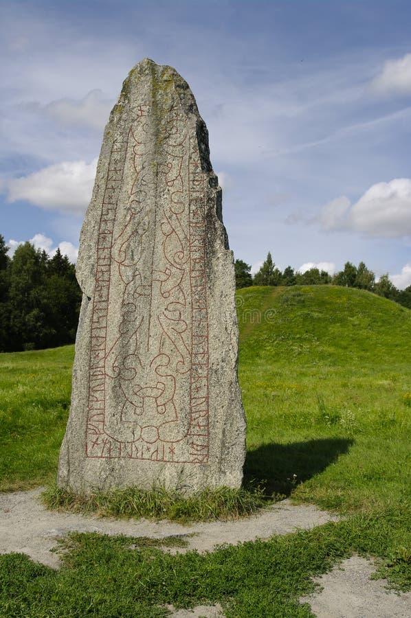 Piedra de la runa imagenes de archivo
