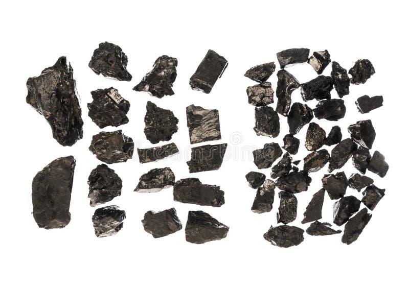 Piedra del carbón en fondo aislado blanco foto de archivo libre de regalías