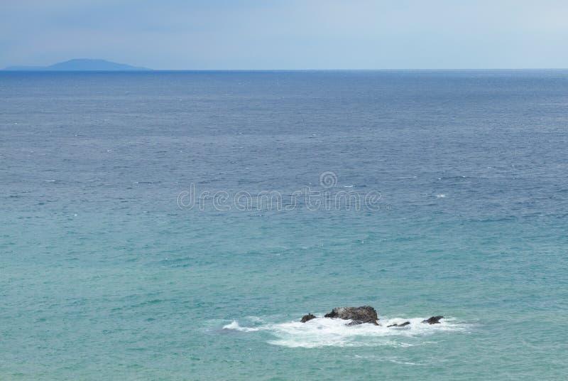 Download Piedra en el Mar Negro foto de archivo. Imagen de verano - 41920510