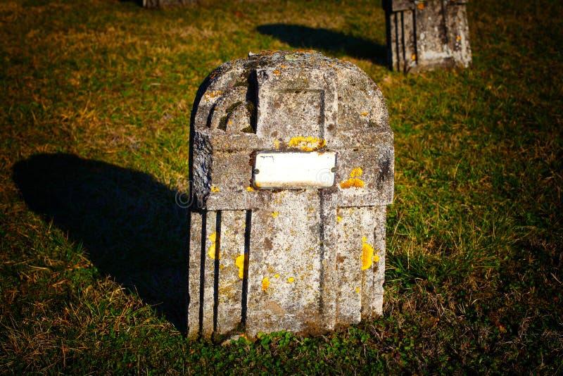 Piedra grave fotos de archivo