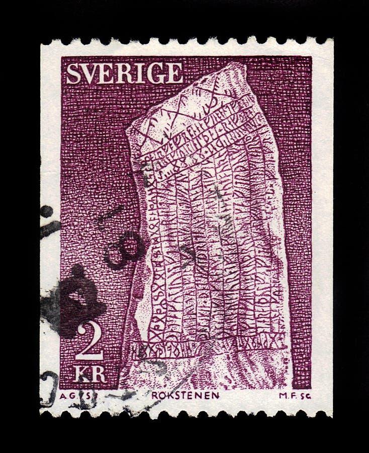 Piedra rúnica de Rok, uno de los runestones más famosos, Ostergotland, Suecia fotografía de archivo