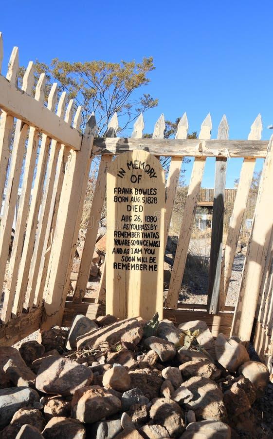 Piedra sepulcral, Arizona: Cementerio viejo de la colina del oeste/de la bota - sepulcro vallado fotos de archivo